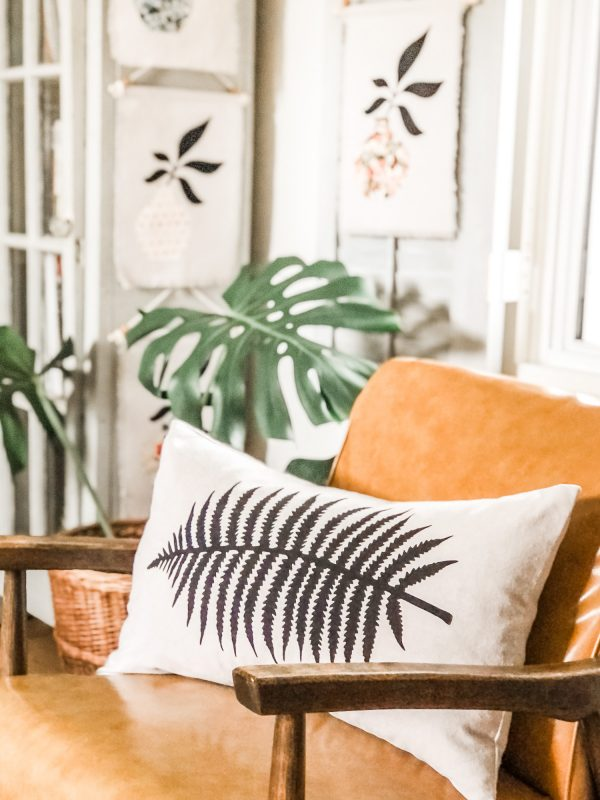 botanical-boho-pillow-leaf