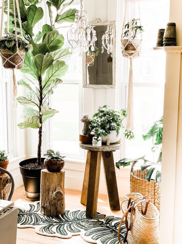 dining-room-window-decor